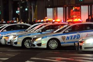 Un policier réussit l'arrestation d'un suspect afro-américain sans le tuer : l'information est-elle un fake ?