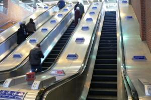 A partir du 1er mars 2015, le port du casque sera obligatoire dans les escalators