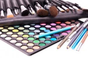 Photos chocs : 7 personnalités s'affichent sans maquillage