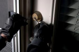 """Un voleur porte plainte contre l'Etat pour """"obstruction à l'exercice de son métier"""""""