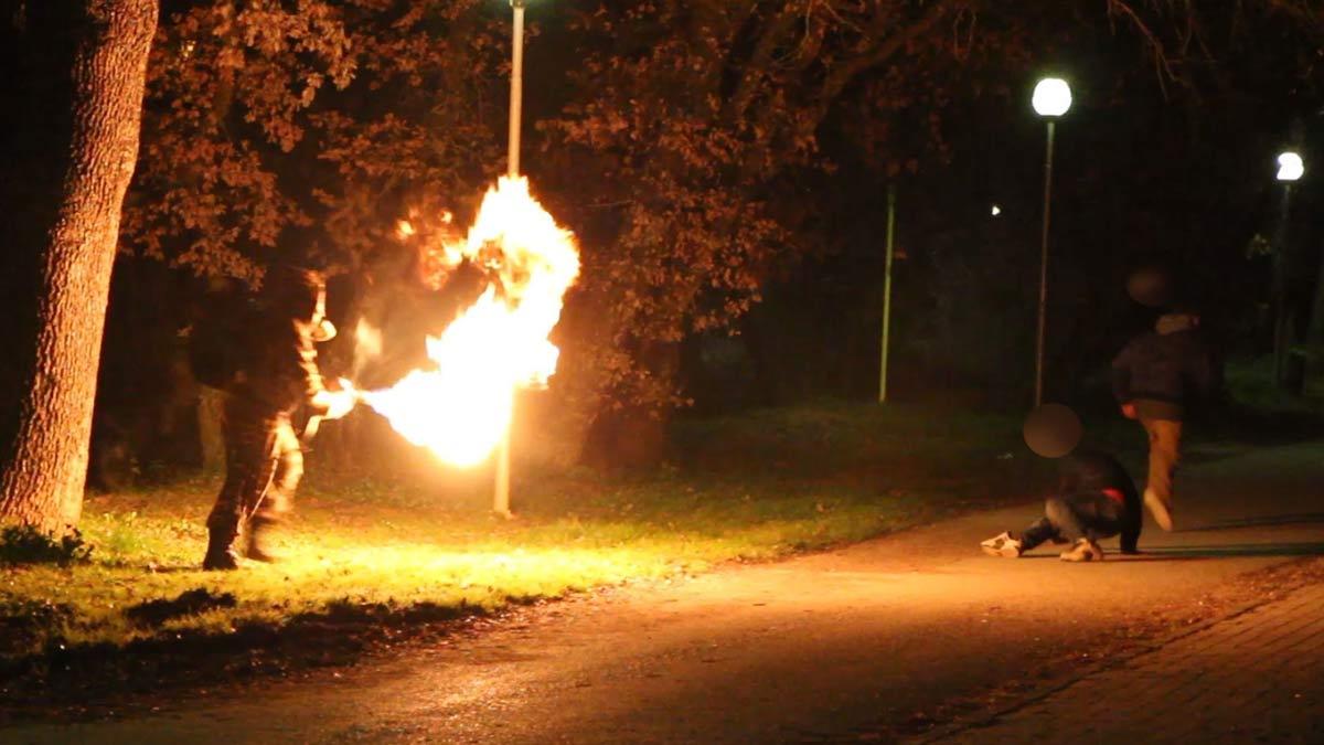 lance-flammes-01