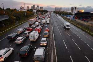Il faudra rouler à gauche pour éviter que la Grande Bretagne quitte l'Union Européenne