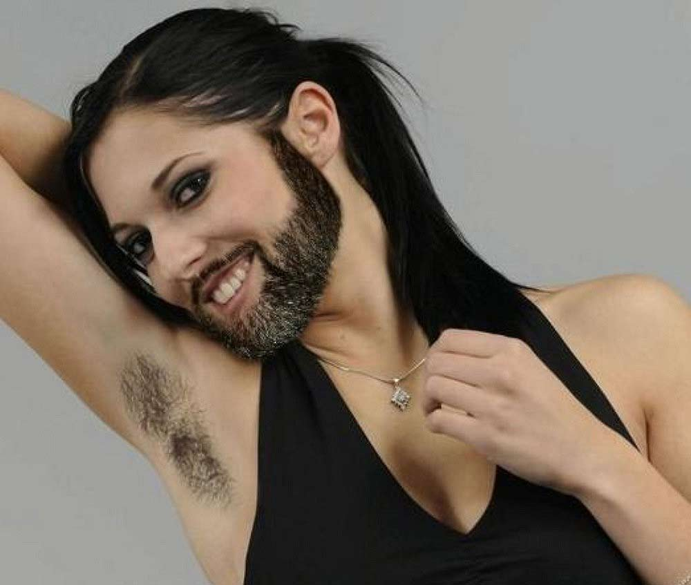 femme-a-barbe