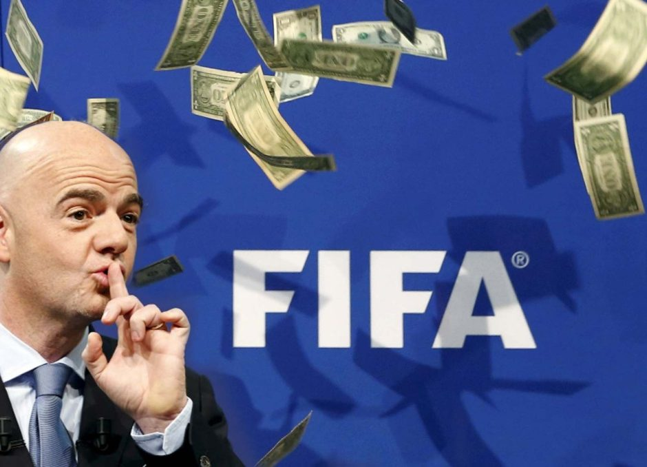 Gianni Infantino, le président de la FIFA, hier soir lors de sa conférence de presse