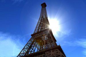 Paranormal ? Une insolite boule jaune qui réchauffe a été vue dans le ciel Francais