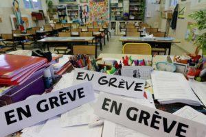 Grève : les enseignants réclament des vacances supplémentaires après une mauvaise météo début juillet