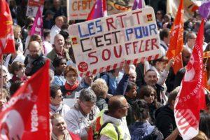 Grèves des Hôpitaux, facteurs, Air France… : les raisons du ras-le-bol (vidéo)