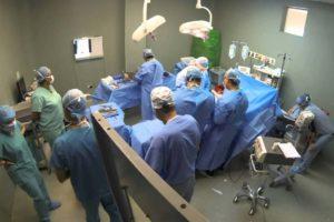 Bavure médicale : une infirmière oubliée à l'intérieur d'un patient après une opération de l'abdomen