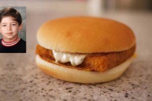 Un enfant de 10 ans a commandé de lui-même un Filet-O-Fish au McDonald's