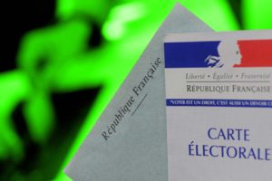 Législatives 2017 : des partis écolos exhortent leurs partisans à ne pas gaspiller de papier en votant pour eux