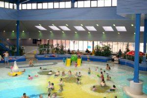 Panique à Dijon  : deux bébés ont teinté une piscine publique d'une étrange couleur jaunâtre
